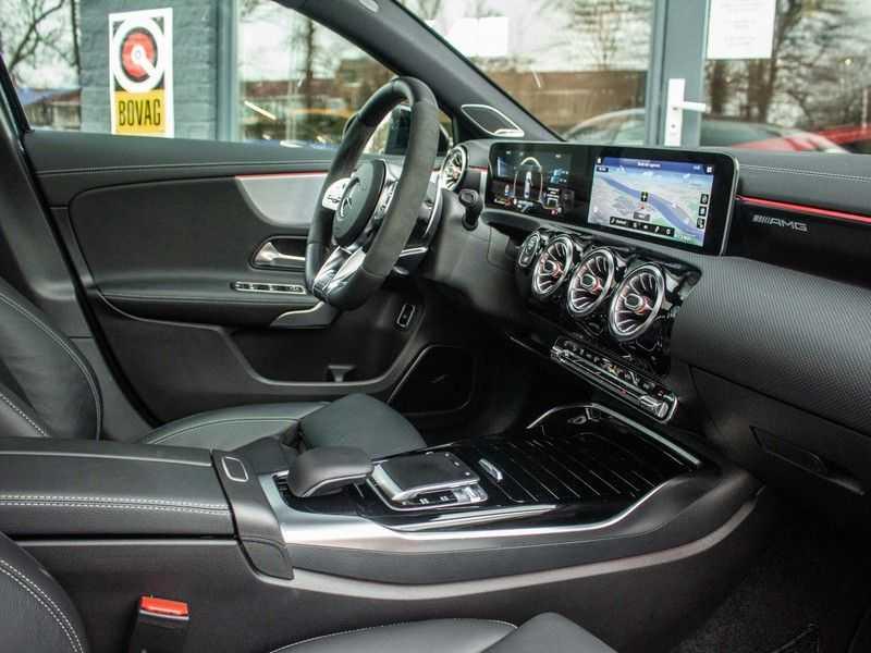 Mercedes-Benz A-Klasse A35 AMG 4MATIC Premium Plus afbeelding 13