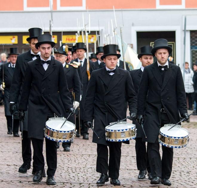 Die Trommler, hintere Reihe: Christian Thamm und Patrick Seelein, vordere Reihe: Felix Hahmann, Julian Seelein und Lukas Hahmann