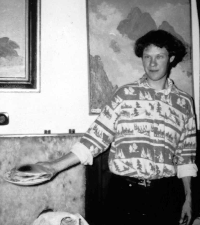 The inventor with a plate of BPs