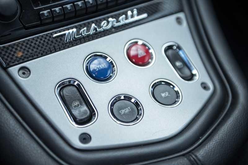 Maserati GranSport 4.2i V8 NIEUWSTAAT! afbeelding 24