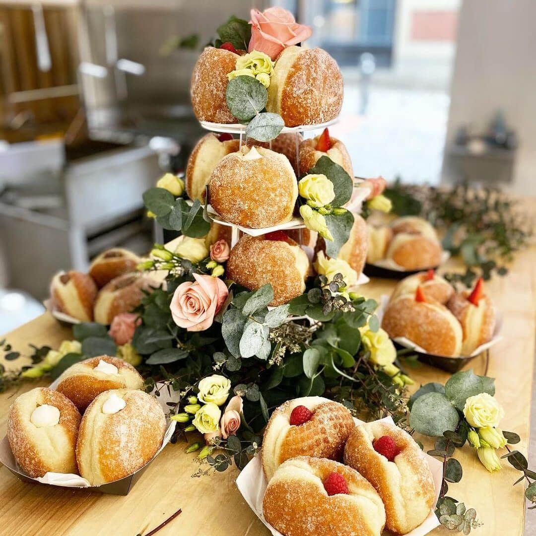 Doh'hut wedding donuts