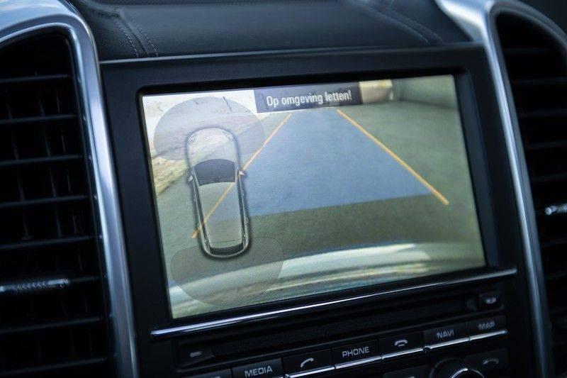 Porsche Cayenne 3.0 D Platinum Edition Org. Ned. + Dealer onderhouden + Sportchrono + Stuur/ Stoel verwarming+ Stoel koeling + Bose afbeelding 19
