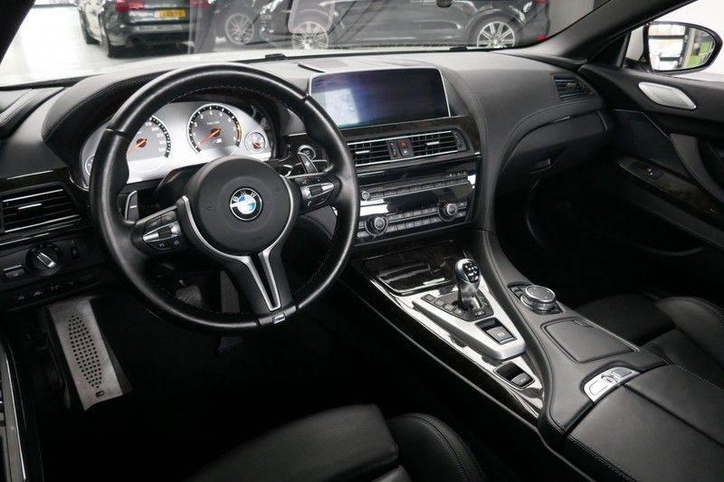 BMW 6 Serie Cabrio M6 Ceramic brakes - Akrapovic - B&O afbeelding 25