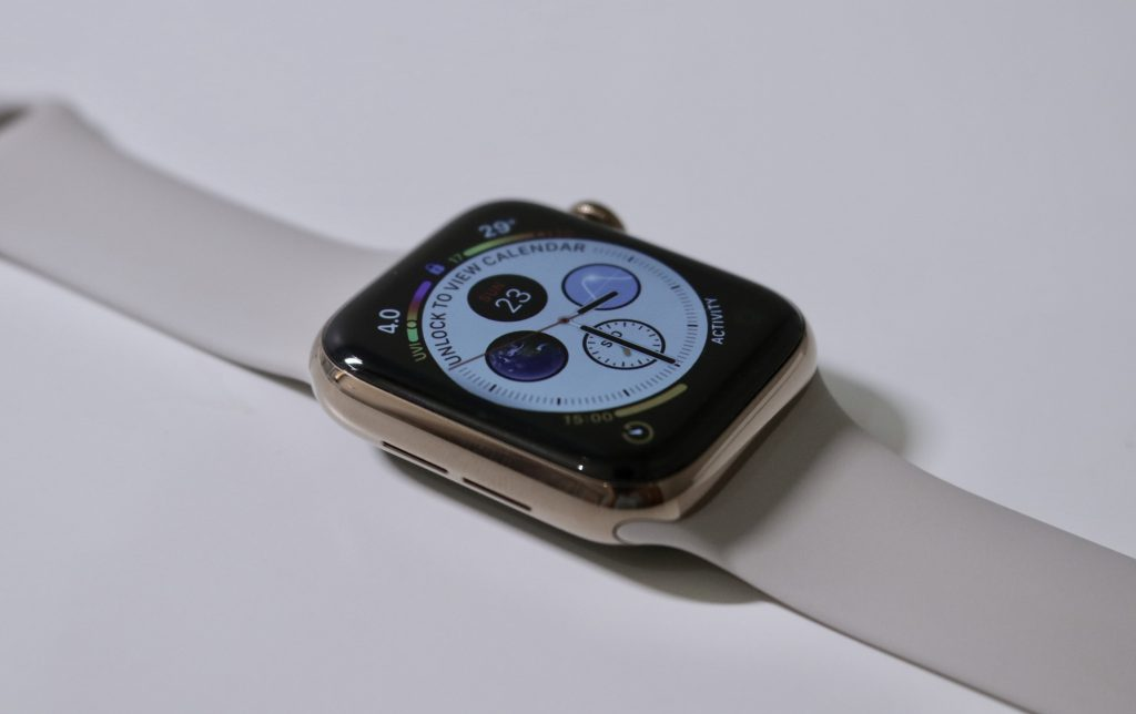 apple-watch-series-4-unboxing