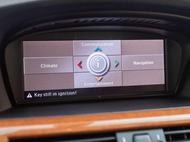 BMW 5 Serie M5 H6 - Manual - Volleder - 79.998km! afbeelding 22