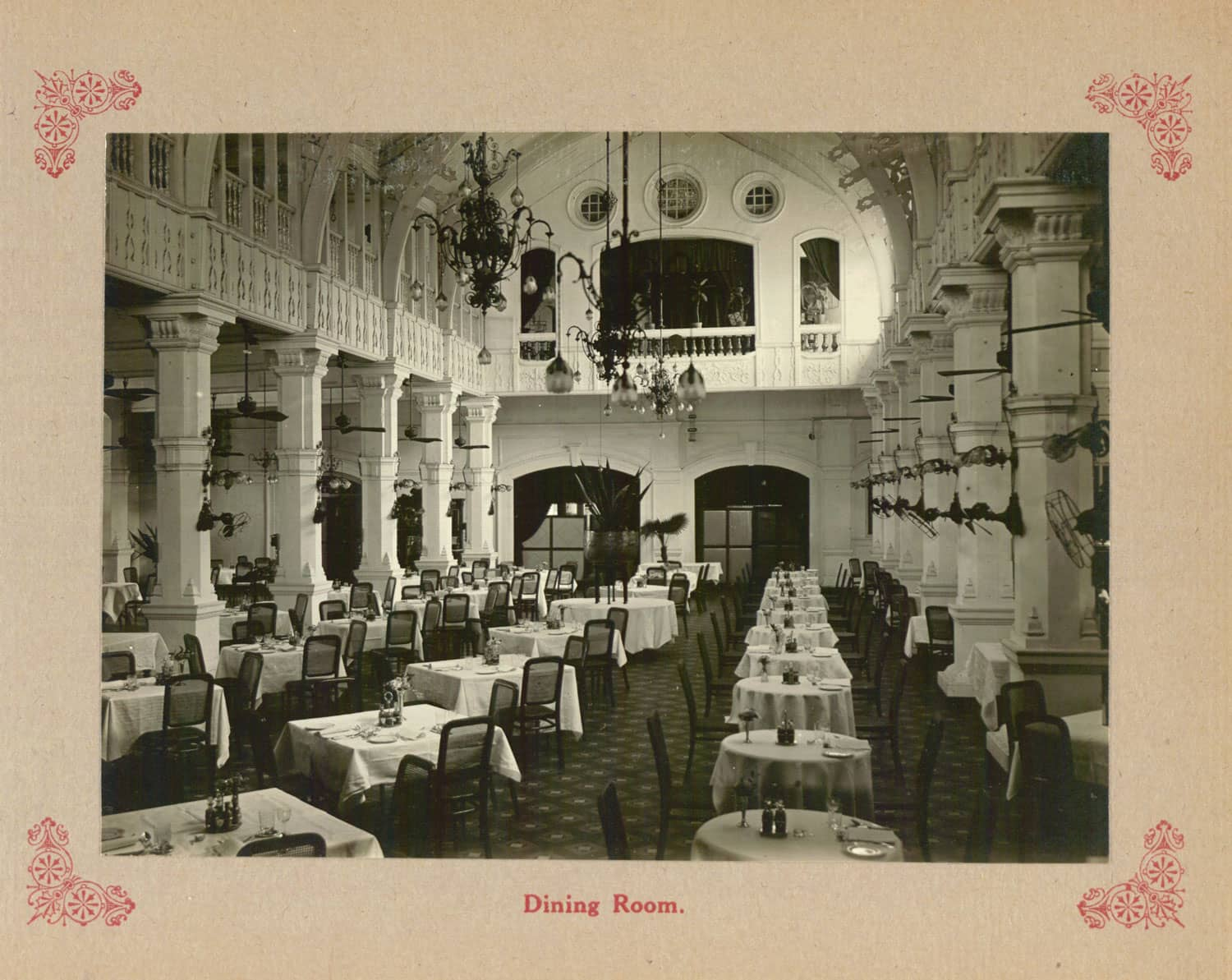 Dining Room at Grand Hotel de l'Europe, 1910s