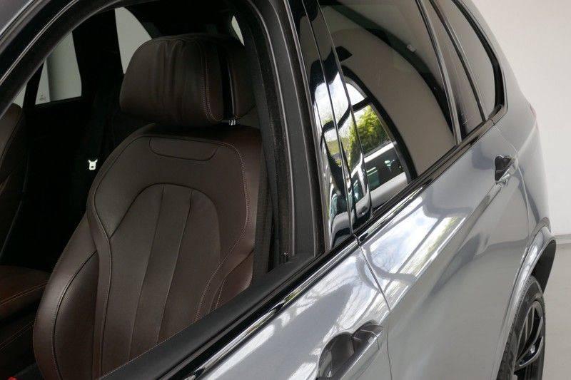 BMW X5 M50d B&O - Panoramadak afbeelding 13