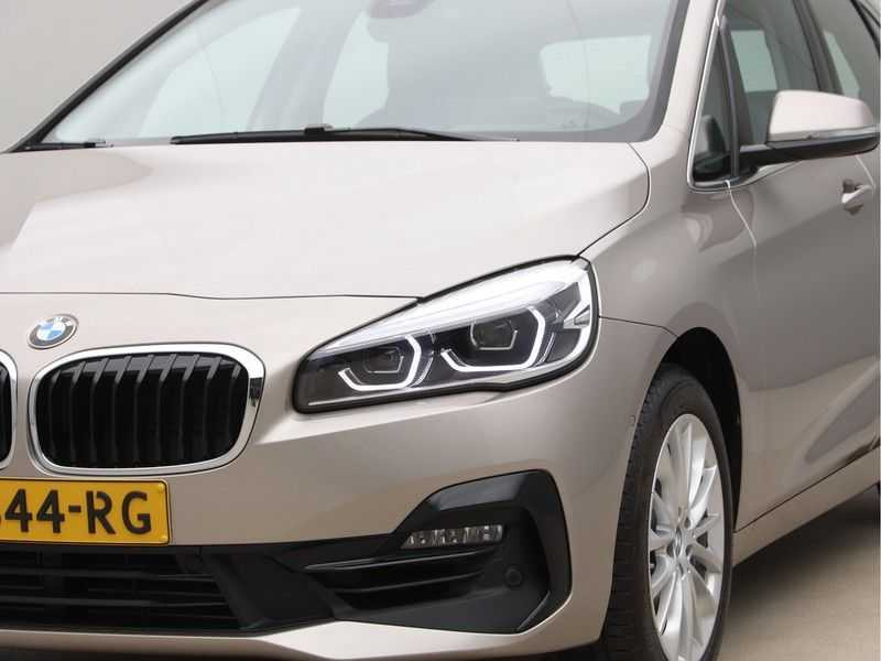 BMW 2 Serie Active Tourer 218i Exe Sportline Aut. afbeelding 19