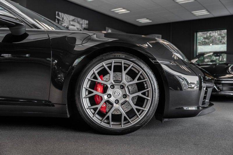 Porsche 911 992 S Coupe Akrapovic Race Cat Sport Chrono Pano Sport Uitlaat Adatieve Sportstoelen 3.0 Carrera S afbeelding 10