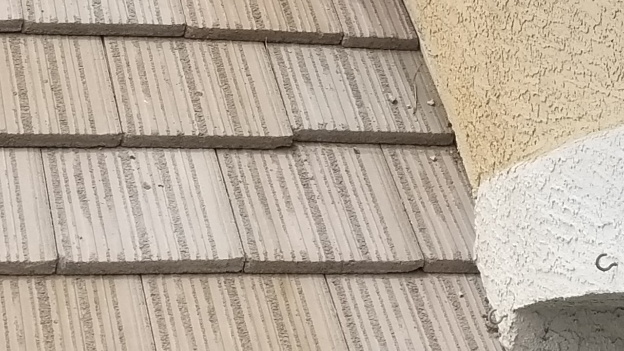 roofing-drainage-cracks-repairs--before-01