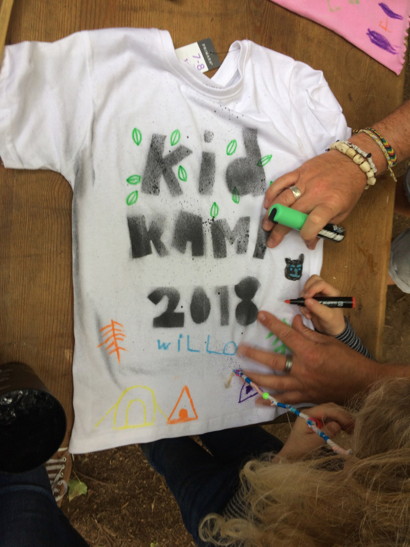 kid-kamp-graffiti-t-shirt-workshop-4