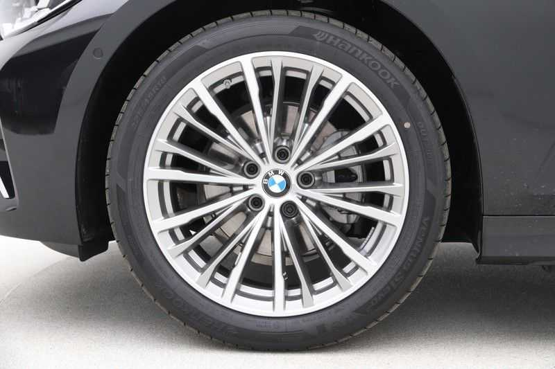 BMW 3 Serie Touring 320d Luxury Line High Executive afbeelding 21