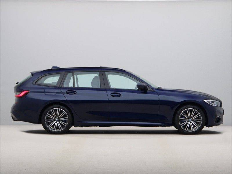 BMW 3 Serie 330Xe Touring High Exe M-Sport afbeelding 8