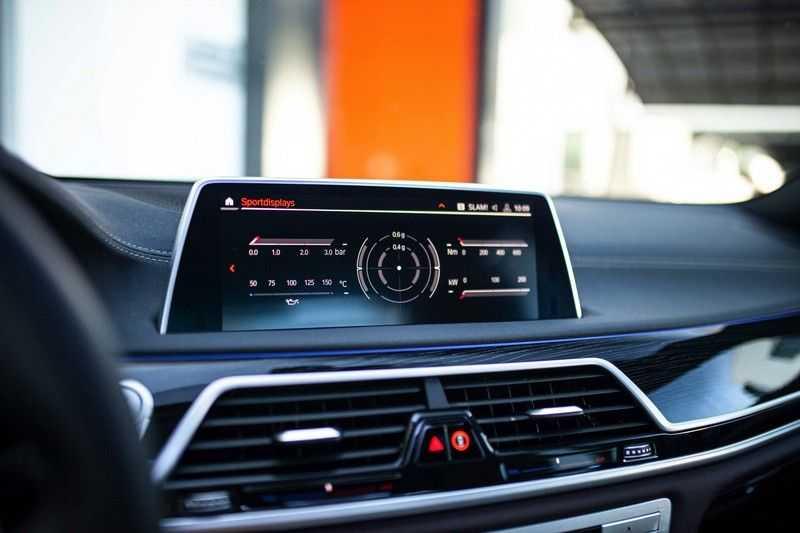 BMW 7 Serie 740d xDrive *Schuifdak / H&K / Memory / LED / ACC / Stoelventilatie* afbeelding 14