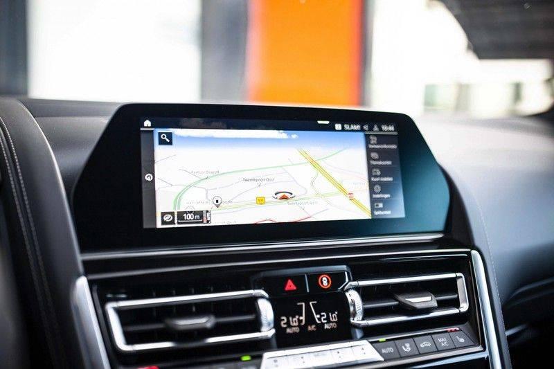 BMW 8 Serie 840d xDrive High Executive *Laser / Harman-Kardon / HUD / Nachtzicht / Carbon / ACC / Nekverwarming* afbeelding 15