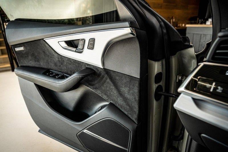Audi Q8 60 TFSI e quattro Competition | Audi Exclusive | Massage | Head up | Leder Valcano | Tour | City | 360 | Nachtzicht | Pano| Soft afbeelding 12