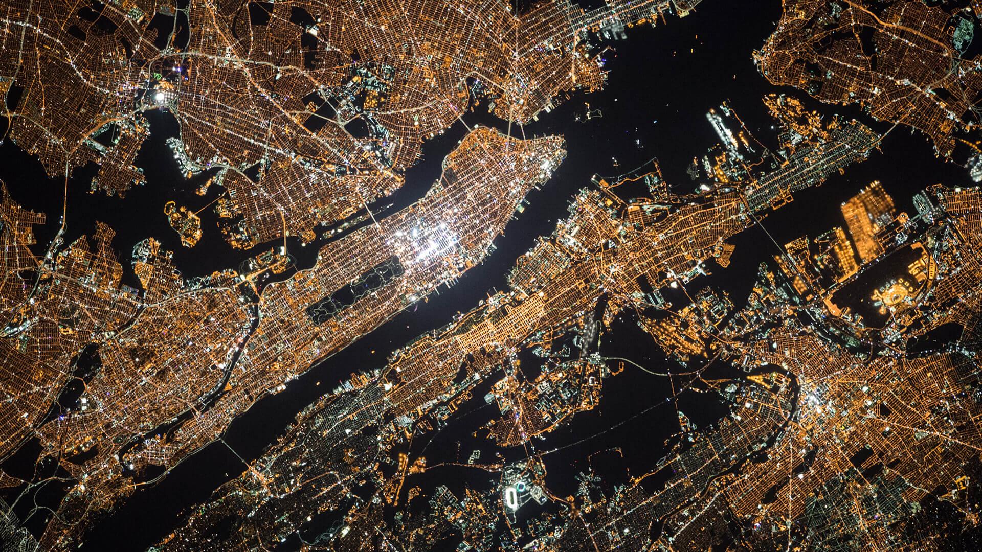 Manhattan at nigh