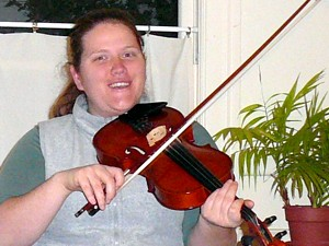 And yes, you <i>can</i> sing with the fiddle.
