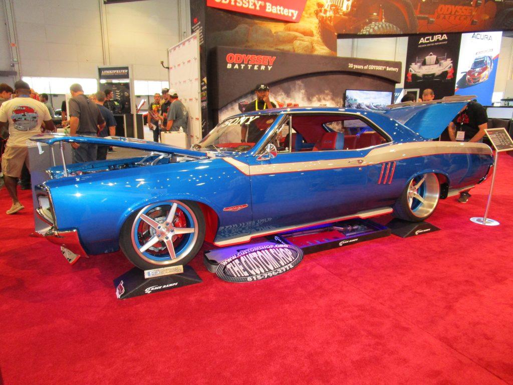 Blue Classic Sports Car