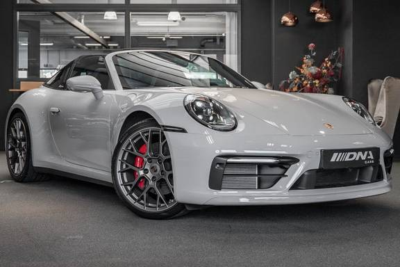 Porsche 911 3.0 Targa 4S Sportdesign Sportchrono Stoelventilatie Bose