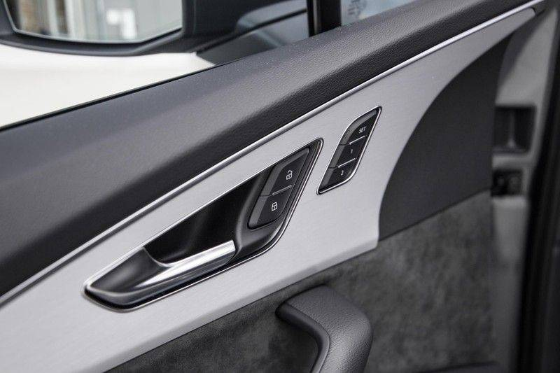Audi SQ7 4.0 TFSI SQ7 quattro 7p 507PK | S-Line | Pano.Dak | 360 Camera | B&O Sound | Keyless-Entry | S-Sportstoelen | Assistentie Tour-City-Parking | 7 Persoons afbeelding 24