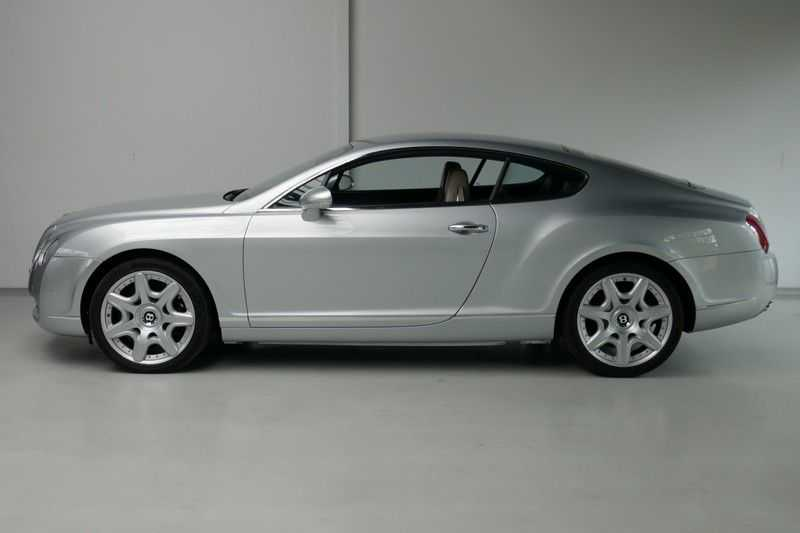 Bentley Continental GT 6.0 W12 Youngtimer afbeelding 4