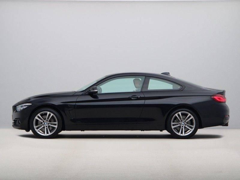 BMW 4 Serie Coupé 435d xDrive High Executive Model Sportline afbeelding 12