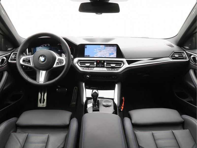 BMW 4 Serie Coupé 430i High Exe M-Sport Aut. afbeelding 17