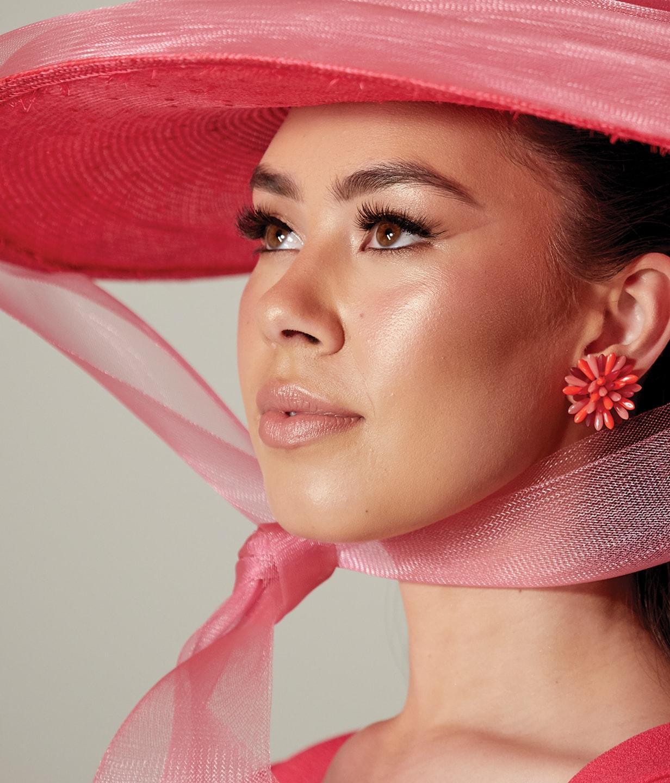 Women in pink hat
