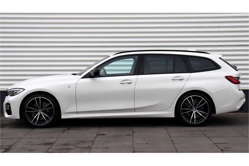 BMW 3 Serie Touring 330i Executive M Sport Adaptieve Cruise Control, HiFi System, DAB afbeelding 9