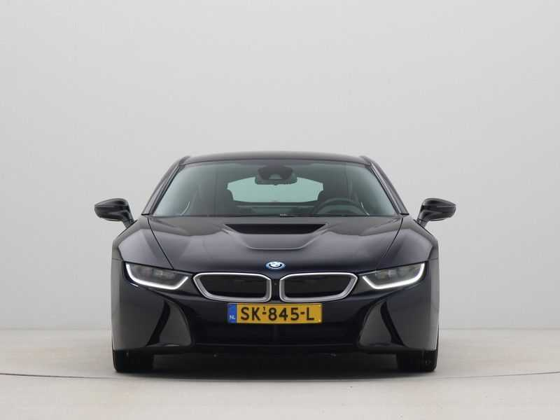 BMW i8 Coupe 1.5 Carbon Edition afbeelding 4