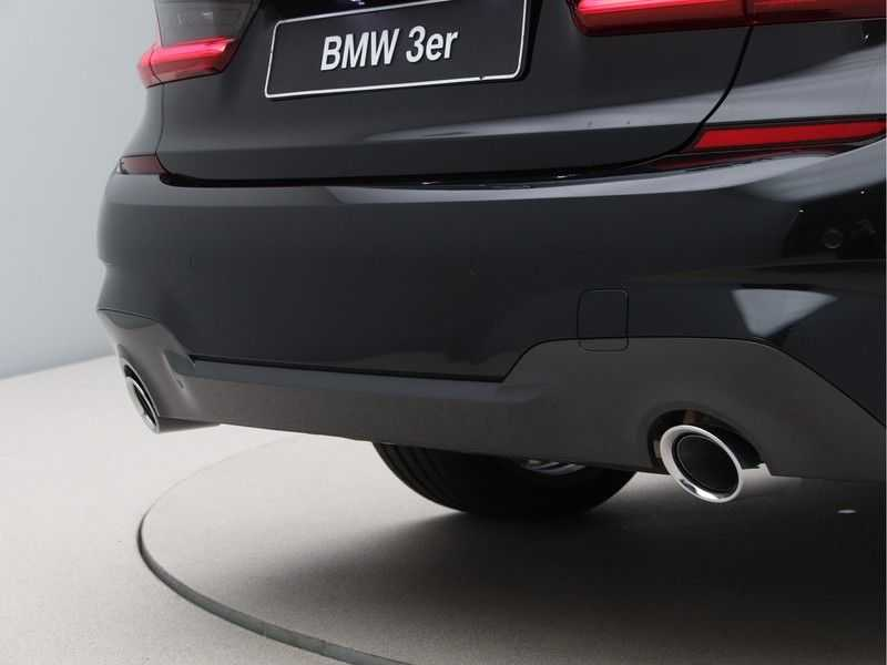 BMW 3 Serie 320i High Exe M-Sport Aut. afbeelding 13