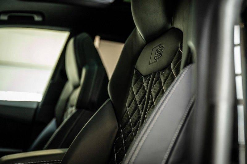 Audi SQ8 4.0 TFSI quattro | Bang & Olufsen | HUD | Leder valcona met ruit | Stoel massage | Alcantara | Nachtzicht | PANO | afbeelding 15