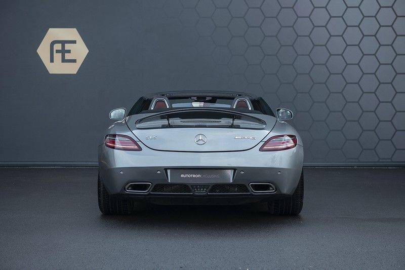 Mercedes-Benz SLS Roadster 6.3 AMG Carbon Pack + MIDDLE GRAY HIMALAYAS + Full Carbon Motor afdekking afbeelding 7