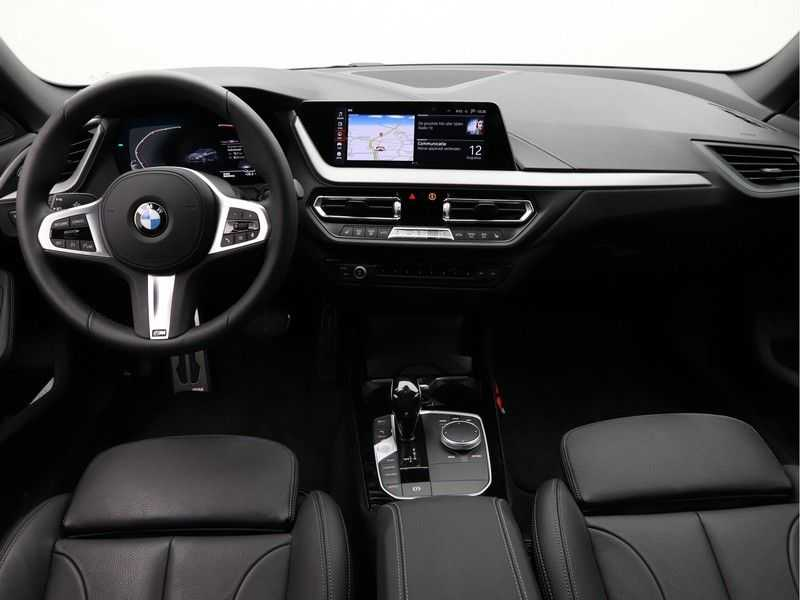 BMW 2 Serie Gran Coupé 218i High Executive M Sport 19 inch afbeelding 17