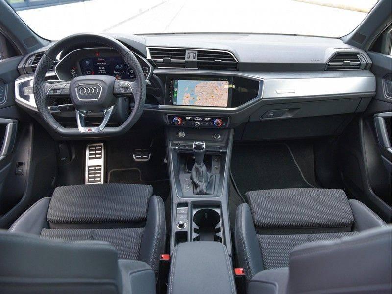 Audi Q3 Sportback 45TFSI 230pk Quattro S-Line Black Optic Pano M-LED Virtual 20-Inch Keyless DAB Stoelverwarming afbeelding 19