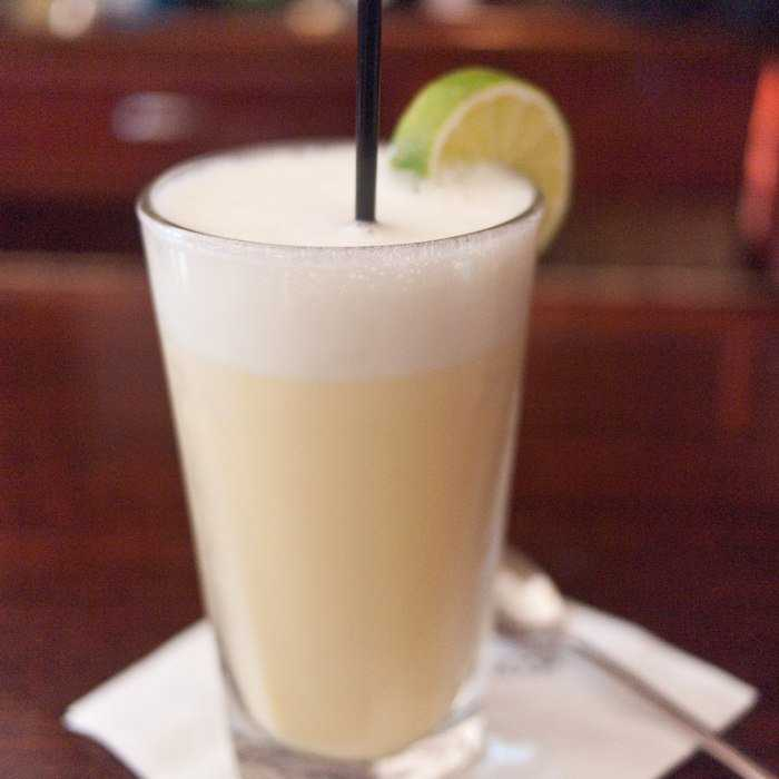 Royal Gin Fizz Cocktail