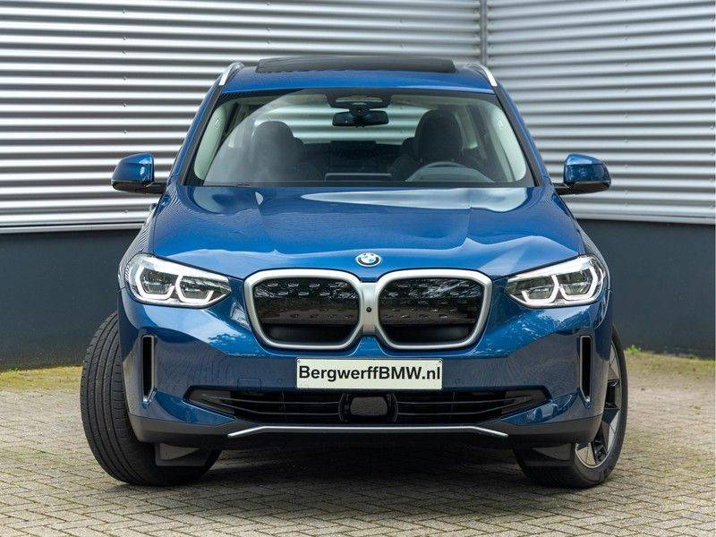 BMW iX3 High Executive - Direct Beschikbaar! afbeelding 4