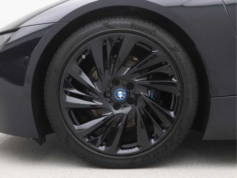 BMW i8 Coupe 1.5 Carbon Edition afbeelding 20