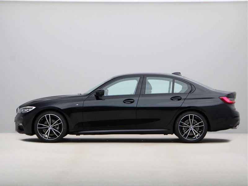 BMW 3 Serie 320i High Exe M-Sport Aut. afbeelding 15