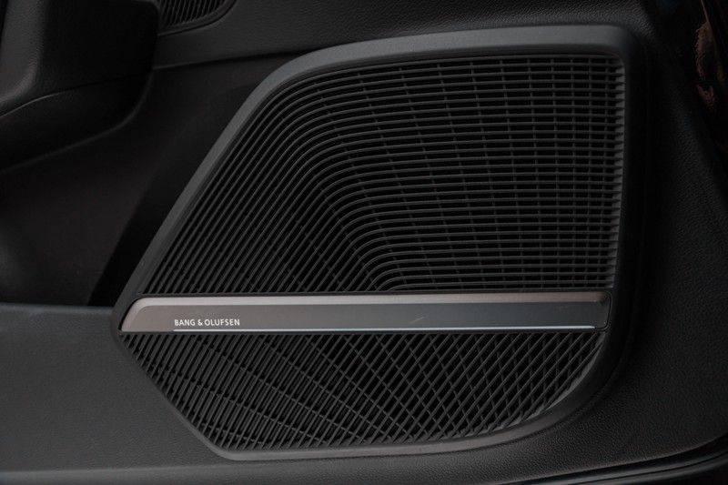 "Audi SQ5 3.0 TDI 347pk Quattro Black Edition Panoramadak Luchtvering Valconaleder B&O Keyless ACC Navi-High Matrix Camera 21""Performance Pdc Verlengde fabrieksgarantie afbeelding 16"