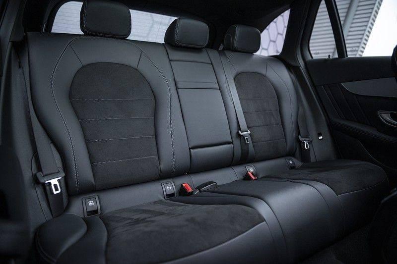 Mercedes-Benz GLC 350d AMG 4MATIC Premium Plus GLC Apple CarPlay + Verwarmde stoelen + Elektrische trekhaak + Panorama Dak afbeelding 16