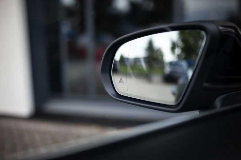 Mercedes-Benz C-Klasse Cabrio 180 Premium *AMG-Line / Airscarf / Keyless Go* afbeelding 16