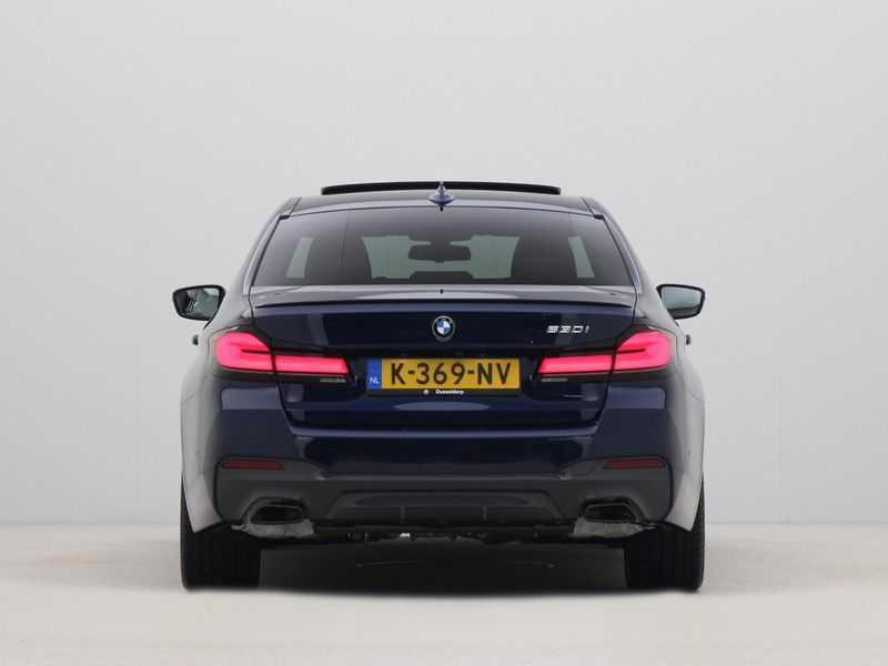 BMW 5 Serie Sedan 530i High Executive M-Sport Automaat afbeelding 16