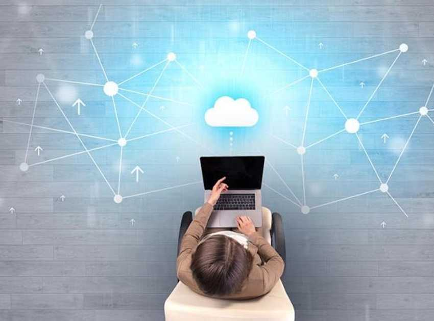 Accruent - Resources - Blog Entries - 4 Benefits of Replacing On-Premise Systems with a Cloud Solution - Hero