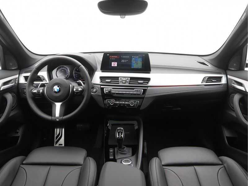 BMW X1 sDrive 20i High Executive M-Sport Automaat afbeelding 15