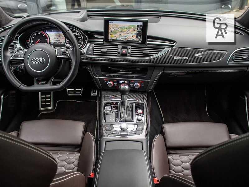Audi RS6 Avant 4.0 TFSI RS6 PERFORMANCE | KERAMISCH | CARBON | EXCLUSIVE | MILLTEK afbeelding 4