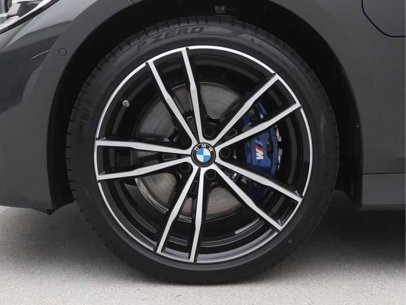 BMW 3 Serie Touring 330e PHEV High Executive M-Sport Automaat afbeelding 20