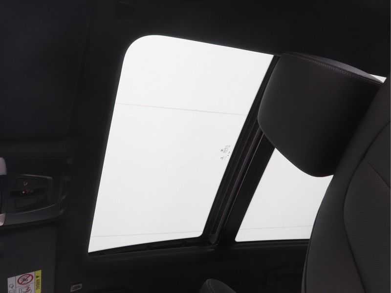 BMW X1 xDrive25e High Executive M-Sport Automaat afbeelding 17