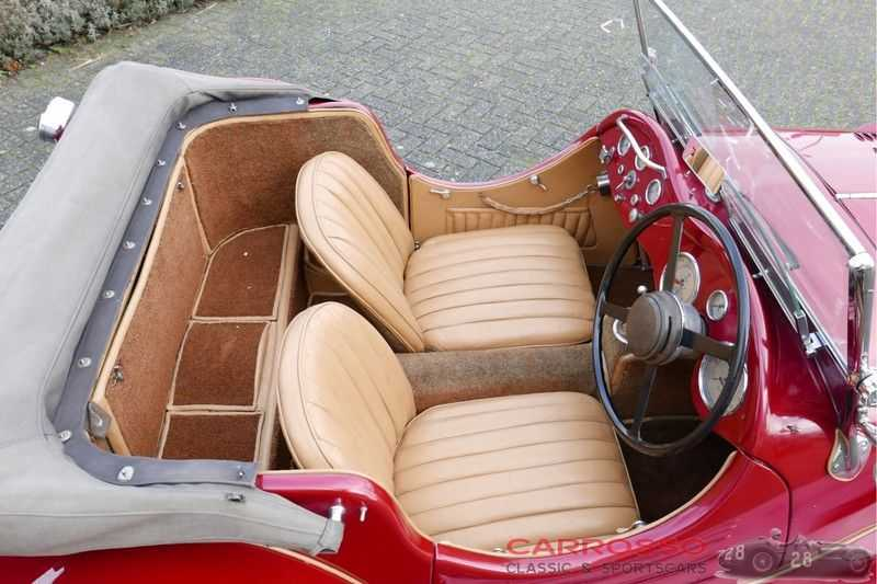 Jaguar SS100 3.5 Roadster / Heritage Trust Certificate / RHD afbeelding 12